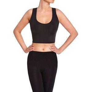 Dámske fitness oblečenie vyobraziť